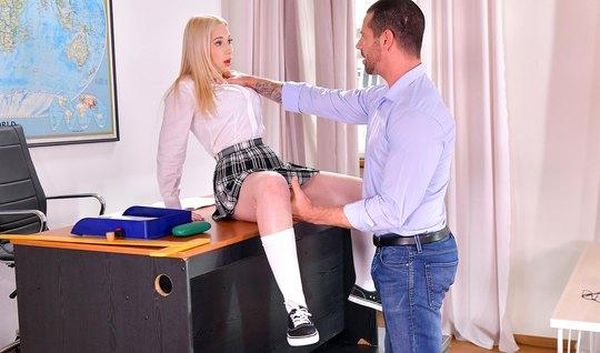 Секс Со Студенткой Блондинкой